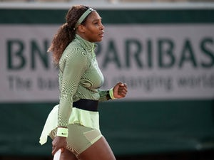 Serena Williams wins night session to make French Open second round