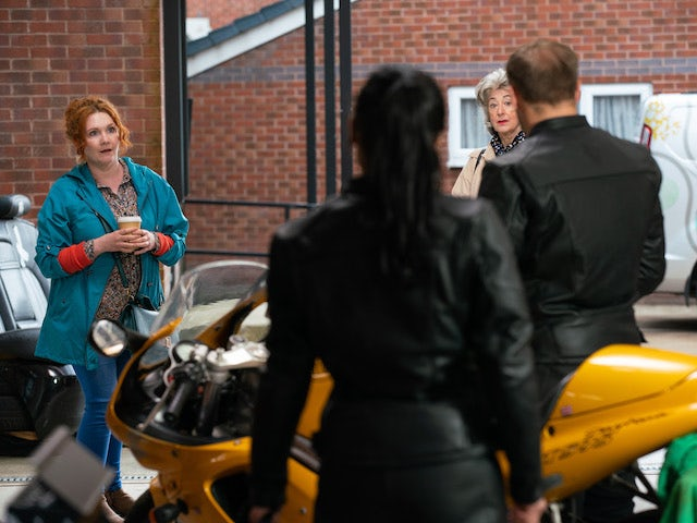 Fiz and Evelyn on Coronation Street on June 23, 2021