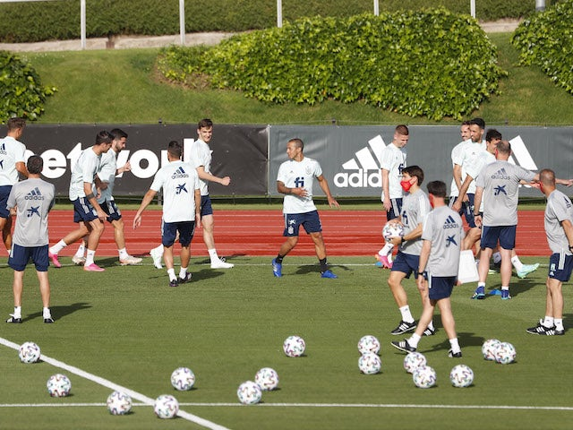 Spain players in training ahead of Euro 2020