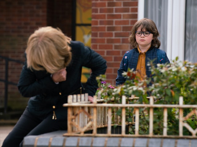 Gail and Sam on the first episode of Coronation Street on June 30, 2021