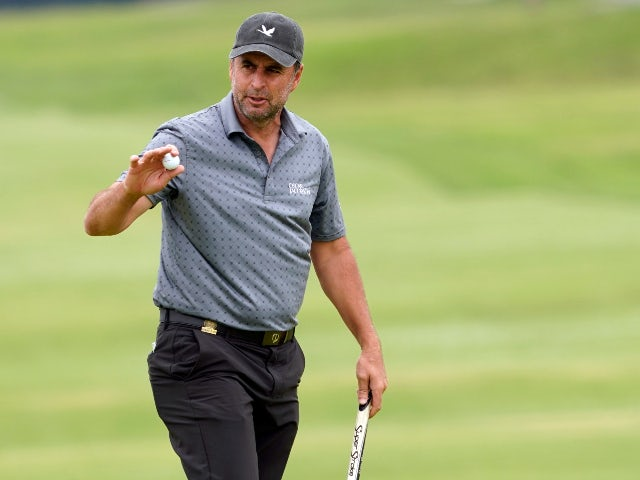 Richard Bland claims overnight lead at the US Open