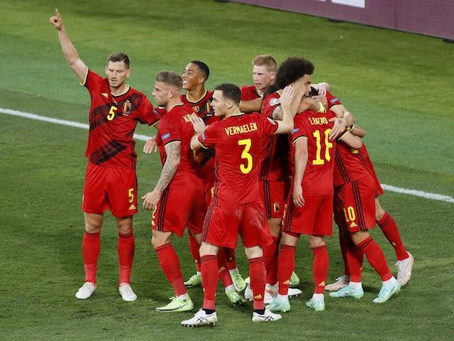 Belgianul Thorgan Hazard sărbătorește marcarea unui gol împotriva Portugaliei la Euro 2020 la 27 iunie 2021