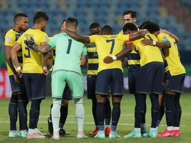 Ecuador team huddle before the match on June 23, 2021