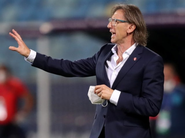 Peru manager Ricardo Gareca reacts on June 23, 2021