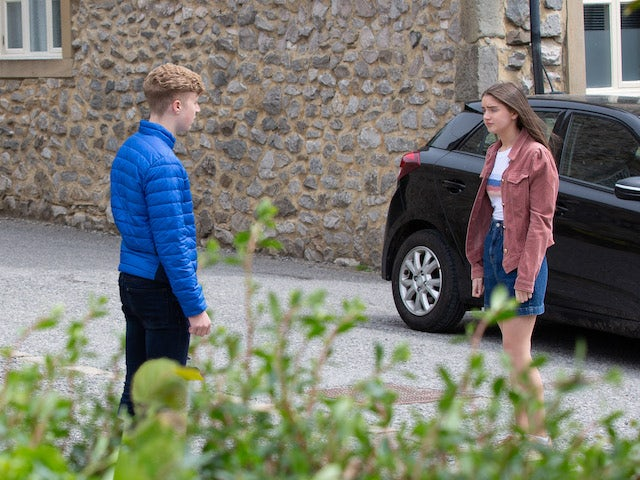 Noah and Sarah on the second episode of Emmerdale on August 12, 2021