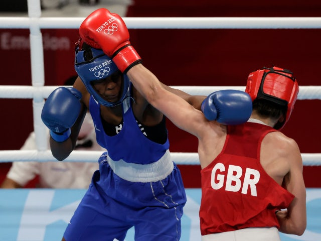 Karriss Artingstall opens Olympic featherweight campaign with comfortable win