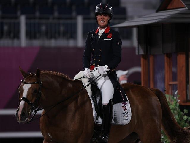 Tokyo 2020: GB's Charlotte Dujardin wins bronze in dressage