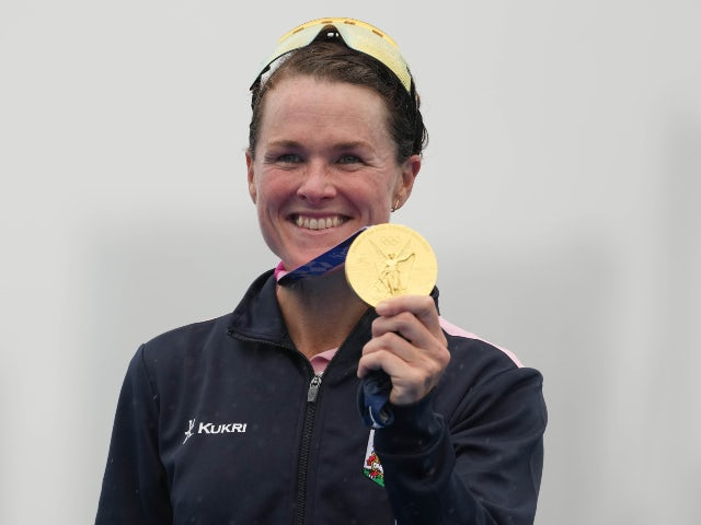 Flora Duffy makes Bermudan history with triathlon gold