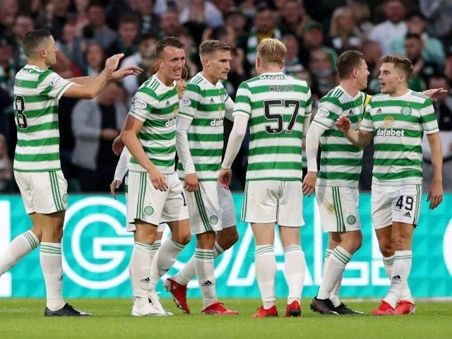 Celtic's David Turnbull celebrates with teammates against FK Jablonec on August 12, 2021