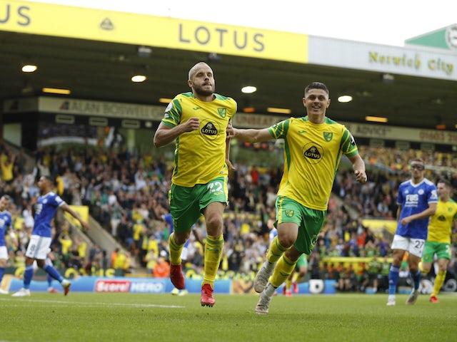 Norwich City's Teemu Pukki celebrates scoring their first goal with Milot Rashica on August 28, 2021