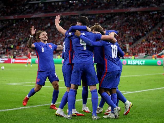 Anglianul Harry Kane sărbătorește marcarea împotriva Ungariei în calificările la Cupa Mondială pe 2 septembrie 2021