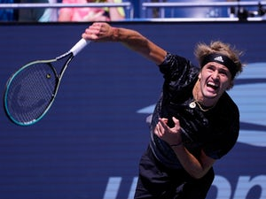 Alexander Zverev breezes into US Open semi-finals