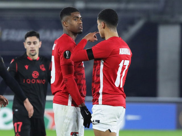 AZ Alkmaar's Zakaria Aboukhlal with teammate after the match in November 2020