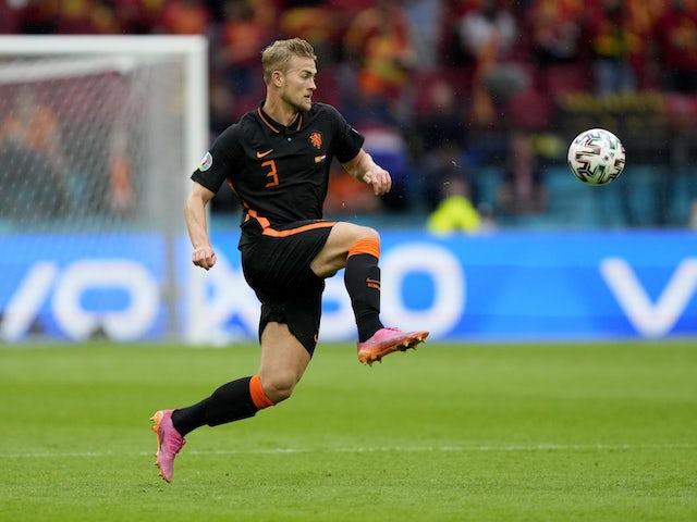 Chelsea-linked De Ligt plays down Juventus exit talk