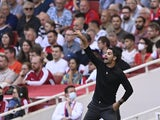 Arsenal manager Mikel Arteta gives instructions to his players on September 11, 2021