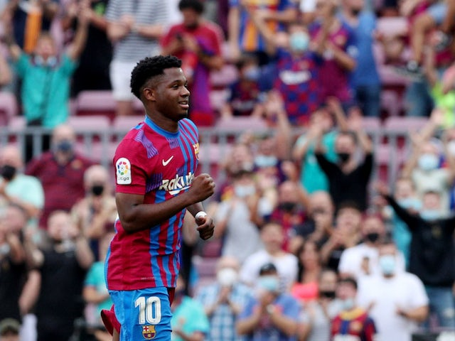 Ansu Fati agent 'arrives in Barcelona for contract talks'