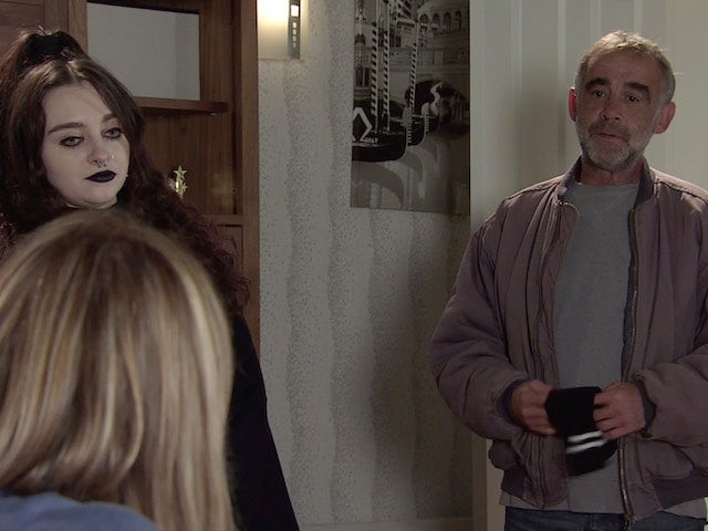 Kevin and Nina on the first episode of Coronation Street on October 13, 2021