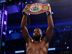 Lawrence Okolie defends WBO cruiserweight title with KO win over Dilan Prasovic
