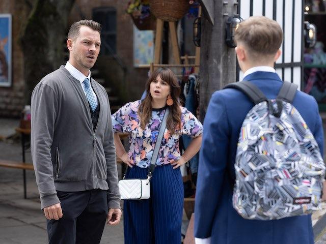 Darren and Nancy on Hollyoaks on September 30, 2021