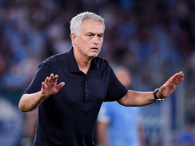 Roma coach Jose Mourinho reacts on September 26, 2021