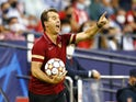 Sevilla coach Julen Lopetegui reacts on September 14, 2021
