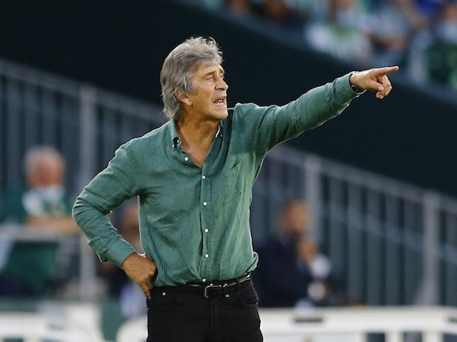 Real Betis' coach Manuel Pellegrini reacts on September 16, 2021