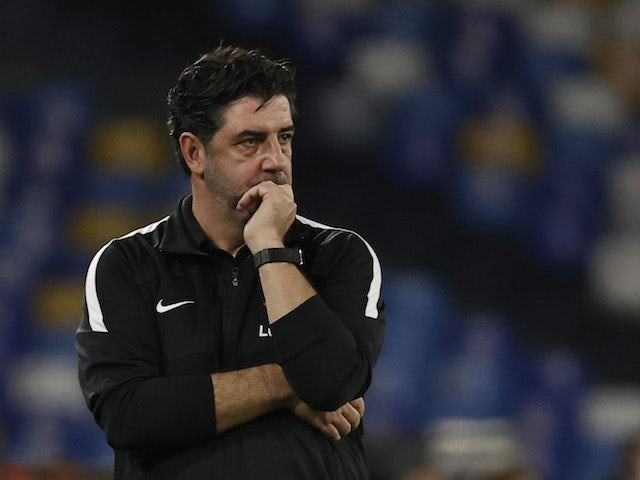 Spartak Moscow coach Rui Vitoria reacts on September 30, 2021