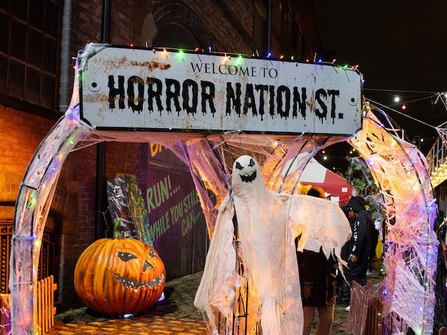 Picture Spoilers: Next week on Coronation Street's Horror Nation Street (October 18-22)