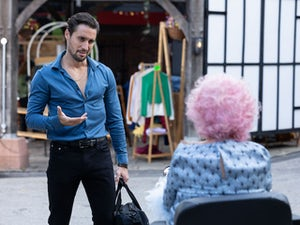 Picture Spoilers: Next week on Hollyoaks (October 18-22)