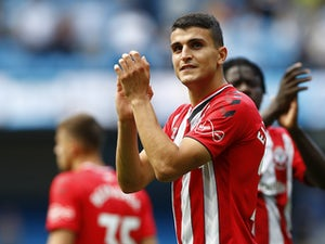 Leicester 'join Arsenal in race for Elyounoussi'